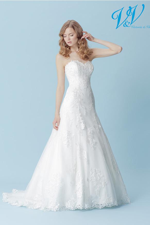 Holly-1-Victoria-og-Vincent-brudekjole