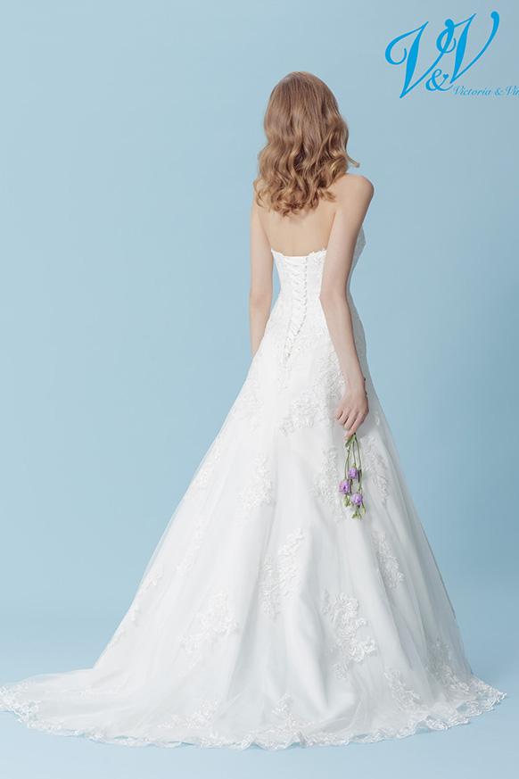 Holly-2-Victoria-og-Vincent-brudekjole